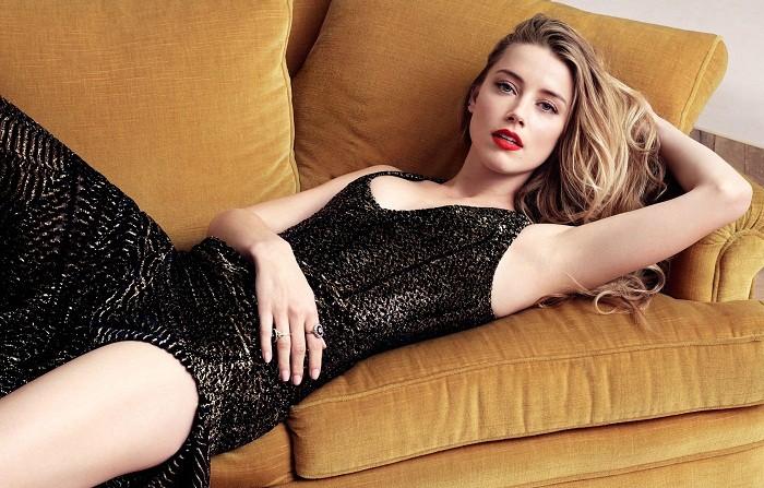 Las fotos en Bikini de Amber Heard y algo mas...